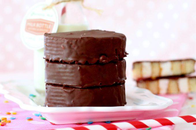 Foto de la receta de Phoskitos caseros o pastelitos de chocolate y nata