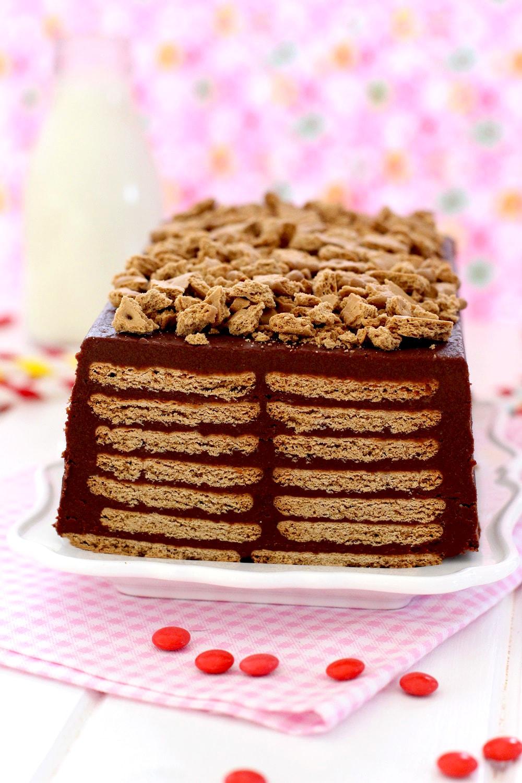 Foto de la Receta de tarta de galletas y chocolate sin horno para niños