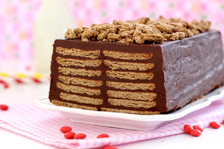 Foto de la Receta de tarta de galleta y chocolate sin horno para niños