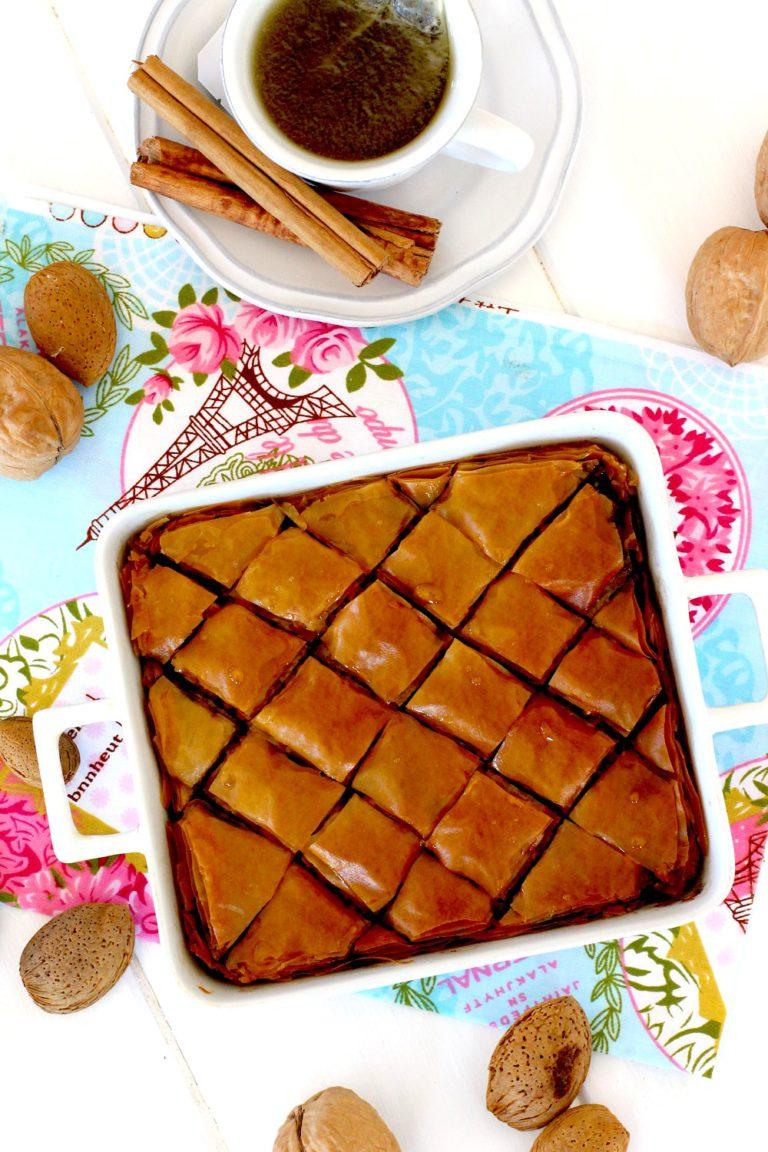 Foto de la receta de baklava con nueces y almendras