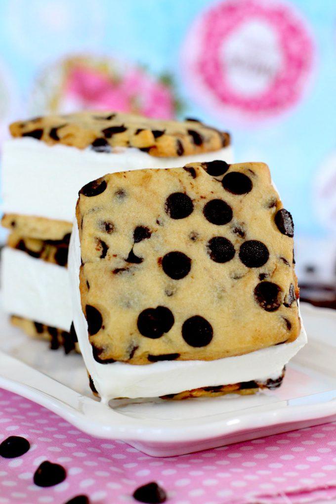 Foto de como hacer sandwich helado de galletas americanas y nata - Helado de nata - Receta de helado
