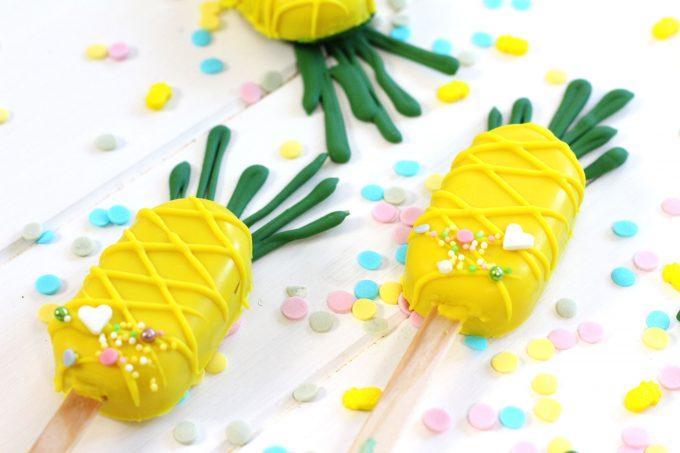 Cómo hacer cake pops de piña