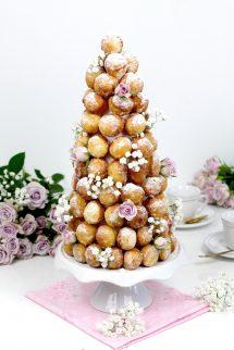 Cómo hacer tarta de donuts - Falsa Croquenbouche - Cómo hacer una tarta de boda fácil
