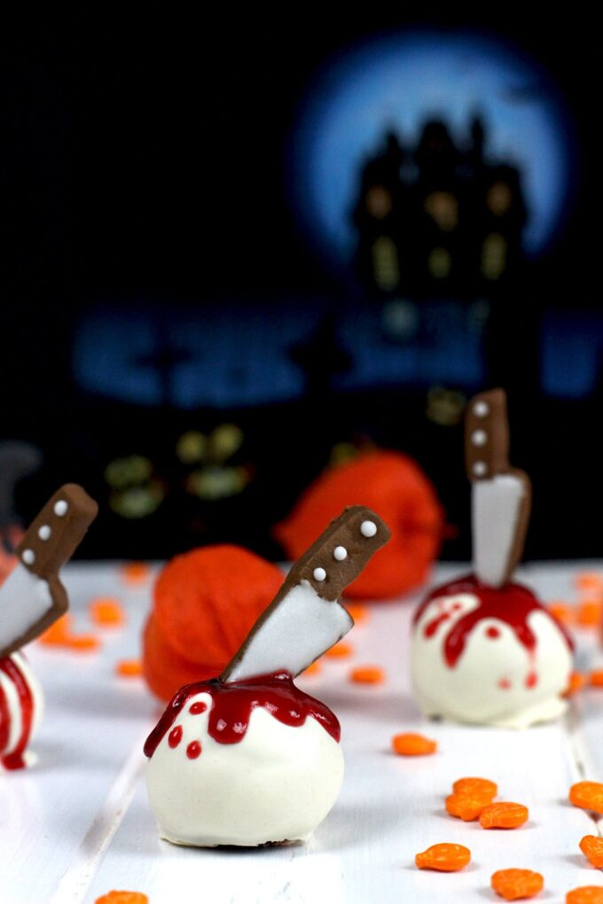 Cómo hacer trufas de Red Vevet y Oreo para Halloween