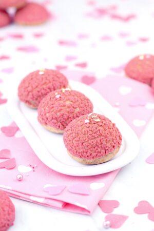 Cómo hacer profiteroles con crema pastelera craquelados