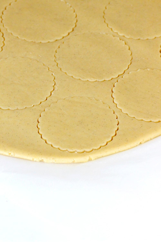 Foto de la masa de galletas de mantequilla muy fría