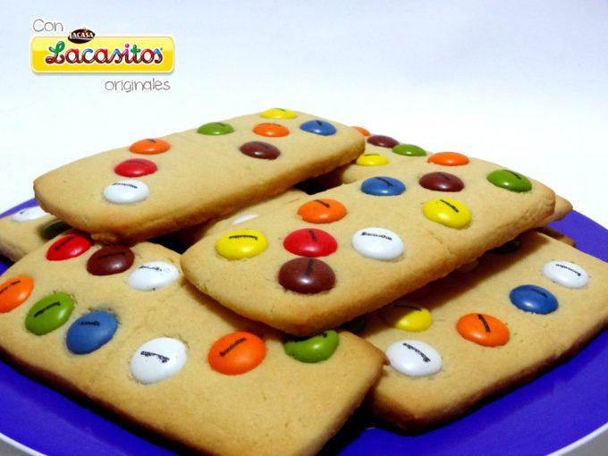 Foto de la receta de galletas de mantequilla con Lacasitos