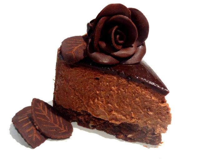 Foto de la receta de tarta de mousse de chocolate y praliné