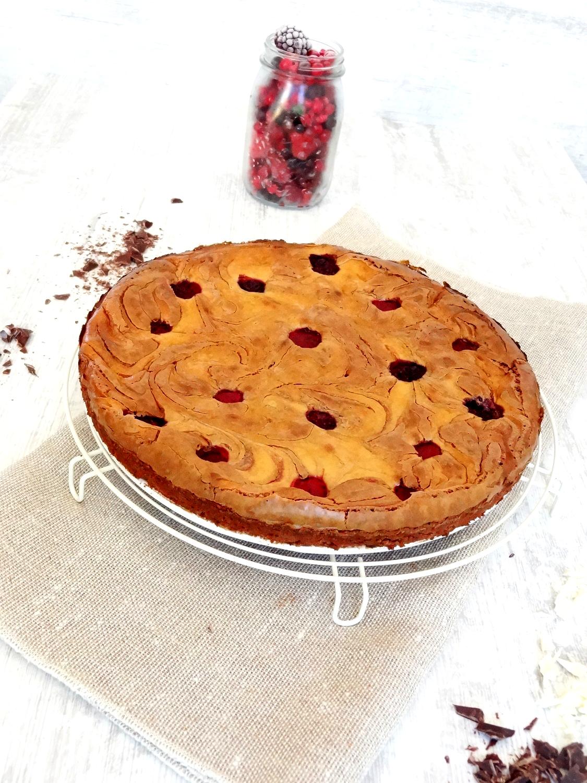 Foto de la receta de tarta de queso brownie con chocolate y frambuesas