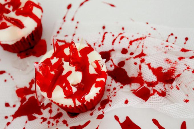 Foto de la receta de cupcakes Halloween sangrientos