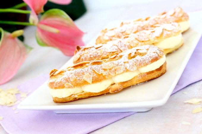 Foto de la receta de éclairs rellenos con crema de praliné