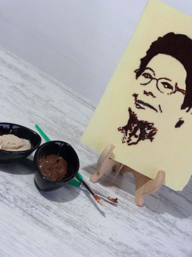 Foto de como hacer un retrato de chocolate