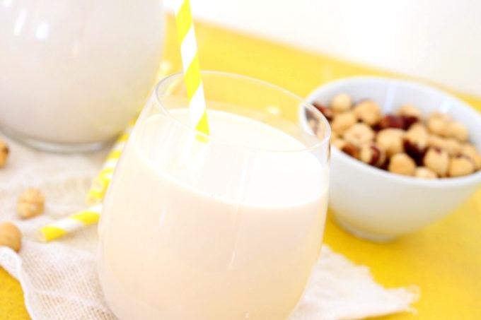 Foto de la receta de leche de avellanas casera