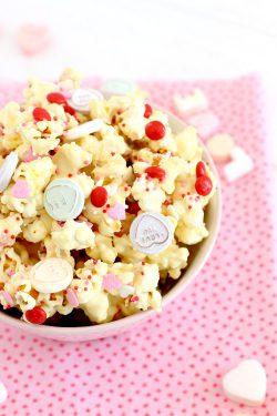 Foto de como hacer palomitas dulces para San Valentín