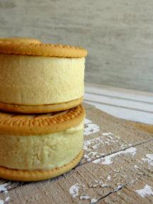 Foto de la receta de helado de galleta María casero