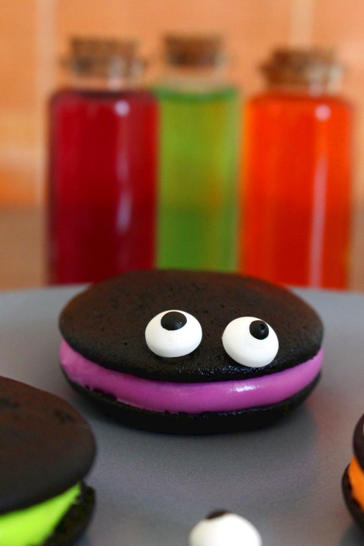 Foto de la receta de whoopie monsters Halloween