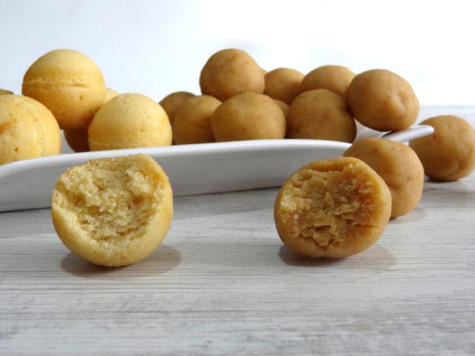 Foto de como hacer la base para cake pops con y sin molde