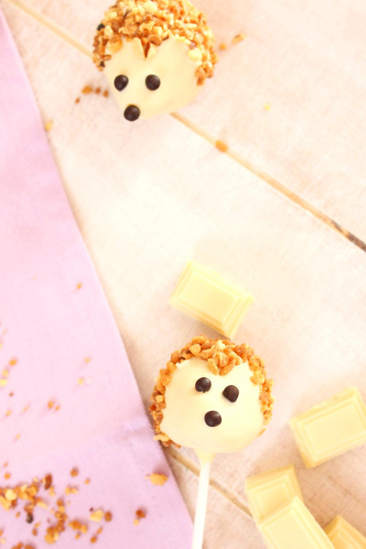 Foto de la receta de Cake pops sin molde en forma de erizo