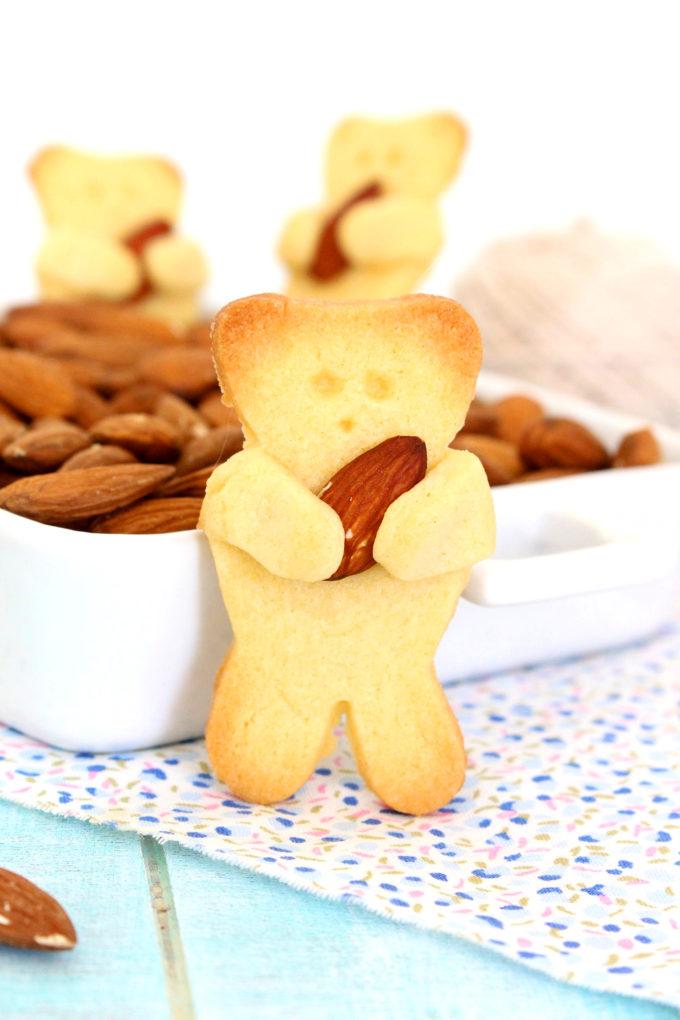 Foto de la receta de galletas de oso abraza almendras