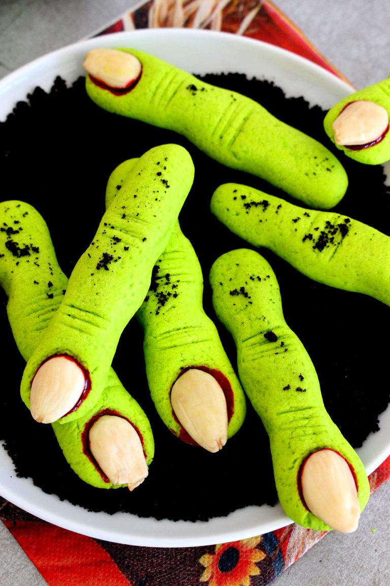 Foto de la receta de dedos zombi para Halloween