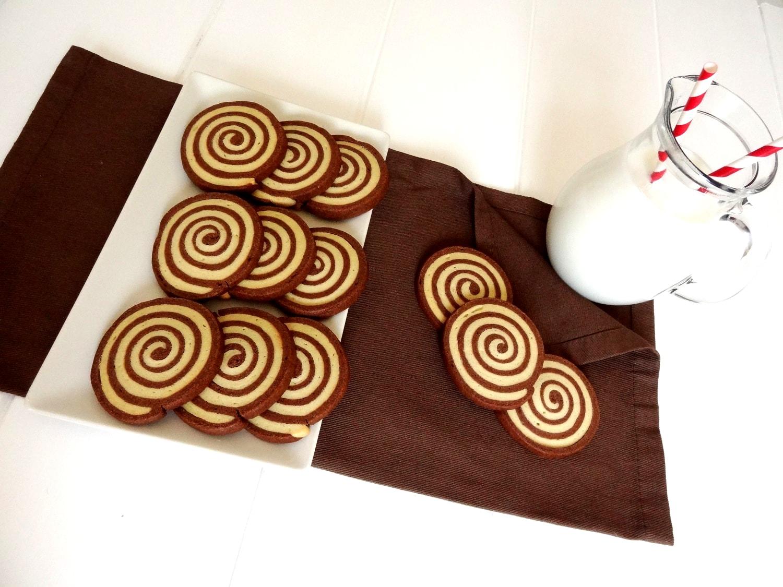Foto de la receta de galletas de chocolate y vainilla en forma de espiral