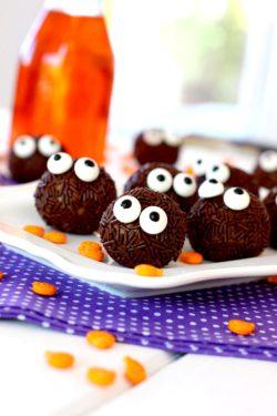 Foto de la receta de trufas de chocolate y calabaza para halloween - recetas para halloween