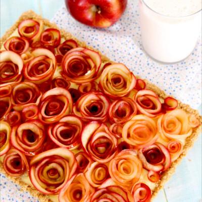 Foto de la receta de tarta de manzana casera con natillas