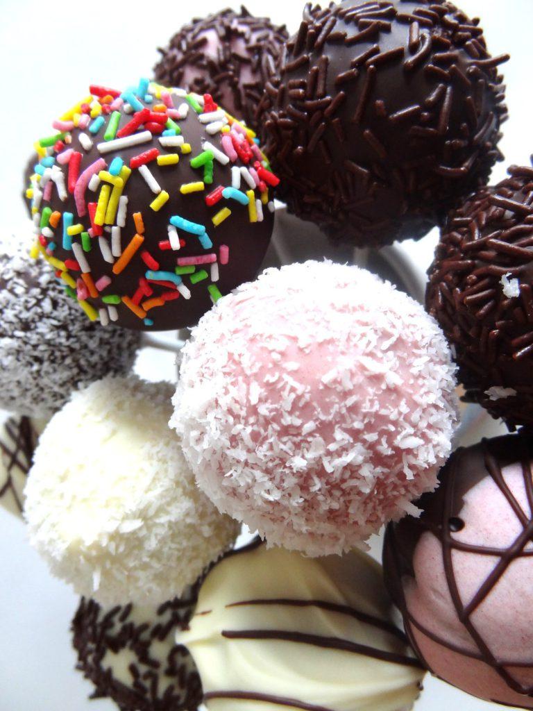 Foto de la receta de cake pops de chocolate y vainilla
